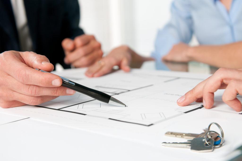 приостановление сделок с недвижимостью приближением хозяина